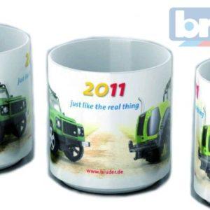 BRUDER 10300 Reklamní hrneček 2011