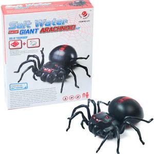 Pavouk plastový k sestavení s pohonem na slanou vodu